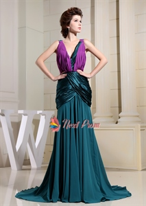 Sizzling Hunter Green And Violet Pleated V-Neck Mermaid Formal Dresses