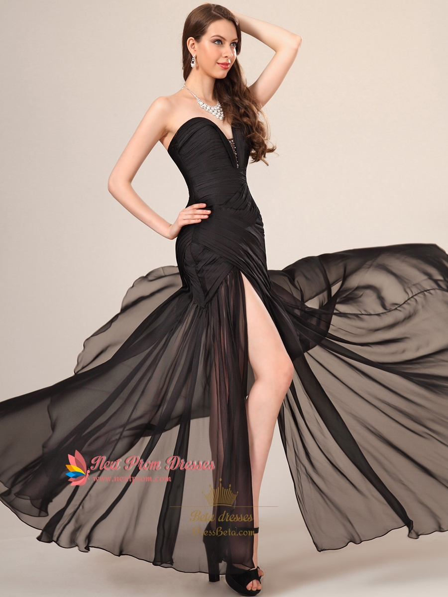Long Black Sweetheart Neckline Prom Dress With Slits On