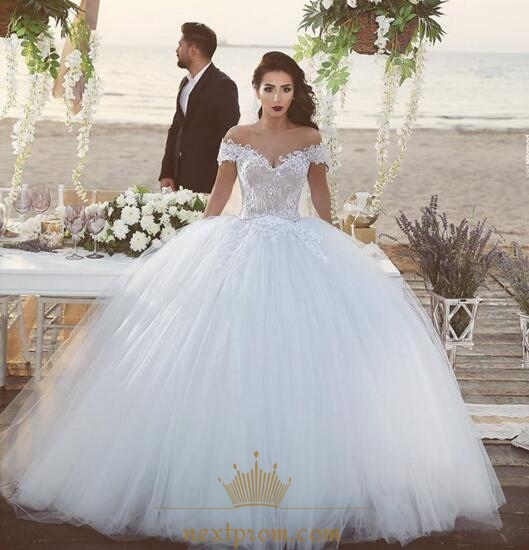 Off The Shoulder Lace Embellished Tulle Skirt Ball Gown Wedding ...