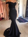 Black Lace Off The Shoulder Sweetheart Neckline Mermaid Prom Dress