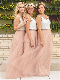 Light Pink Tulle Bridesmaid Dress With White Spaghetti Strap Bodice