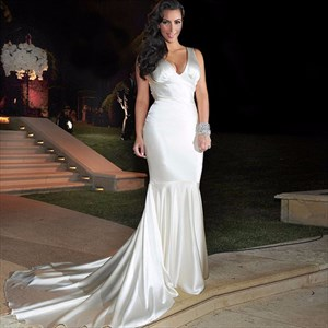 Elegant Sleeveless V-Neck Dropped Waist Mermaid Prom Dress With Train