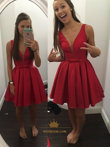 Simple Red Sleeveless V-Neck Ruched Skirt Knee Length Homecoming Dress