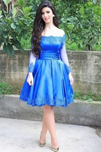 Royal Blue Off The Shoulder Lace Embellished Short Homecoming Dress