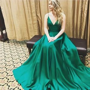 Elegant Emerald Green Spaghetti Strap A-Line Floor Length Ball Gown