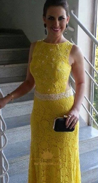 Elegant Yellow Long Sleeveless Lace Mermaid Evening Dress With Beading