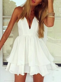 White Sleeveless Spaghetti Strap V-Neck A-Line Short Homecoming Dress
