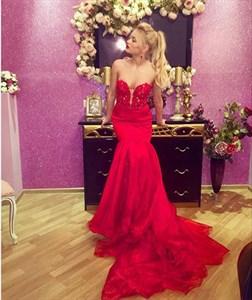 Elegant Red Floor Length Strapless Beaded Top Mermaid Dress With Train