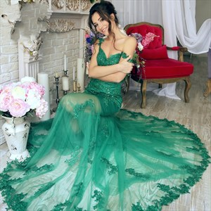 Emerald Green Off The Shoulder Lace Embellished Prom Dress With Train