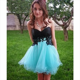 Two Tone Knee Length Strapless Lace Embellished Tulle Homecoming Dress
