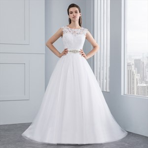 Elegant Sleeveless Lace Bodice A-Line V-Back Wedding Dress With Belt