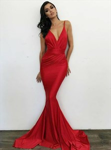 Red Mermaid V-Neck Ruched Bodice Spaghetti Strap Prom Dress